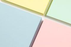 Anmerkungen des farbigen Papiers Stockfoto