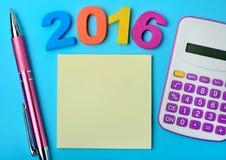 Anmerkungen mit Stift und Taschenrechner Lizenzfreies Stockbild