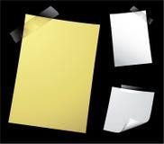 Anmerkungs-Papier auf Schwarzem Stockfotografie