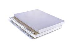 Anmerkungsbücher auf weißem Hintergrund Stockfotos