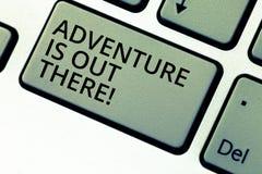 Anmerkungsvertretung Abenteuer zu schreiben ist dort draussen Das Geschäftsfoto, das Explore zur Schau stellt, entdecken, dass Re stockbilder