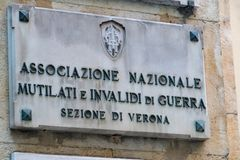 Anmig-Marmorplakette in Verona, Italien stockbilder