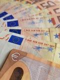 Annäherung an 50 Euroanmerkungen Lizenzfreies Stockbild