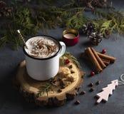 Année confortable de fond d'arbre de cinnamom de Noël de cacao de vacances de soirée chaude en bois confortable d'hiver nouvelle photo stock