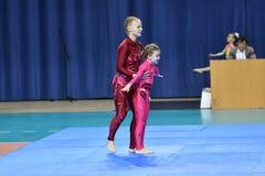 Année d'Orenbourg, Russie 7 mai 2017 : Les boxeurs de garçons concurrencent Photo libre de droits