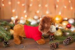 Année du chien sur l'horoscope, décorations de Noël Photographie stock