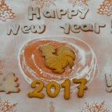 Année du coq Biscuits 2017 de nouvelle année Images stock