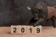 Année 2019 financière ou concept de marché haussier d'actions d'investissement avec image libre de droits
