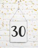 30 années d'anniversaire de fête d'anniversaire de félicitations de tex de carte Photo stock