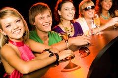 Années de l'adolescence de sourire Image libre de droits