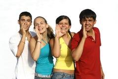 années de l'adolescence de sourire de groupe Image stock