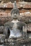 700 années de statue en pierre antique de Bouddha en papier peint en pierre unsymmetry, plein art de corps ouvrant la sculpture e Photographie stock