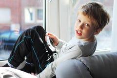 6 années mignonnes de garçon Photo stock