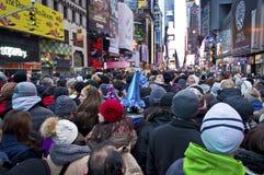 Années neuves d'Ève de Times Square de foule Photographie stock libre de droits