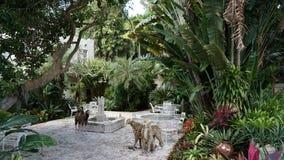 Ann Norton Sculpture Gardens i West Palm Beach, Florida Royaltyfri Bild