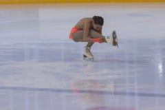 Anna Cherezova de Moldova executa o programa de patinagem livre das meninas da classe IV do ouro no campeonato nacional da patina Imagem de Stock Royalty Free
