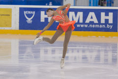 Anna Cherezova von Moldau führt Mädchen-freies Eislaufprogramm der Goldklassen-IV über nationalen Eiskunstlauf durch Lizenzfreie Stockfotografie