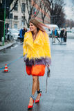Anna Dello Russo Straatstijl: 29 februari - Milan Fashion Week Fall /Winter royalty-vrije stock foto's
