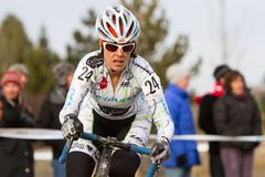 Anna Dingman - pro coureur de Cyclocross de femme Photo stock