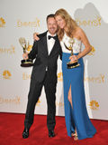 Anna Gunn et Aaron Paul Photos stock