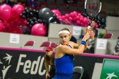Anna Karolina Schmiedlova, durante juego redondo del grupo II del mundo el primer entre el equipo Letonia y el equipo Eslovaquia foto de archivo