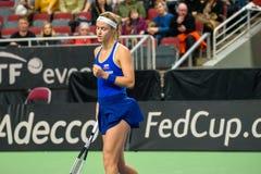 Anna Karolina Schmiedlova, pendant jeu rond du groupe II du monde le premier entre l'équipe Lettonie et l'équipe Slovaquie images libres de droits
