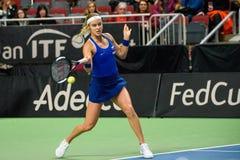 Anna Karolina Schmiedlova under den första runda leken för världsgrupp II mellan laget Lettland och laget Slovakien arkivfoton