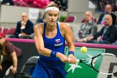 Anna Karolina Schmiedlova under den första runda leken för världsgrupp II mellan laget Lettland och laget Slovakien arkivfoto