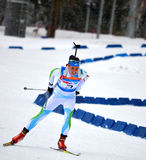 Anna Kunaeva concurrence dans la tasse régionale d'IBU à Sotchi Image stock