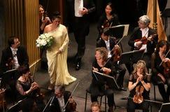 Anna Netrebko al DES Champs-Elysees, Parigi del teatro, può 10, 2015 Fotografia Stock