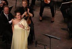 Anna Netrebko bij theatre des champs elysees, Parijs, kan 10, 2015 Royalty-vrije Stock Fotografie