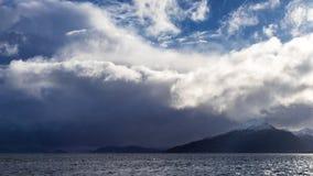 Annalkande storm i kanalen av Magellan Royaltyfria Bilder