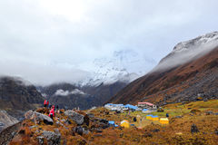 annapurna基本阵营尼泊尔 免版税库存图片