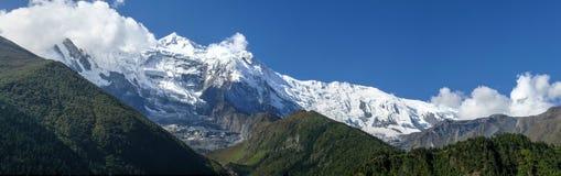 Annapurna 2 από ανώτερο Pisang, Νεπάλ Στοκ Εικόνες