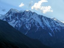 Annapurna 3 από Ghyaru στο βράδυ, Νεπάλ Στοκ Εικόνες