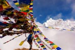 Annapurna Ι 8,091m με τη σημαία προσευχής από το στρατόπεδο βάσεων Annapurna, Νεπάλ Στοκ φωτογραφία με δικαίωμα ελεύθερης χρήσης