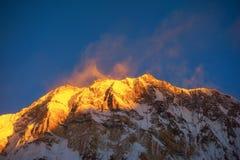Annapurna Ι 8,091m στην ανατολή από το στρατόπεδο βάσεων Annapurna, Νεπάλ Στοκ φωτογραφία με δικαίωμα ελεύθερης χρήσης