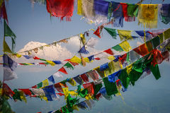 Annapurna και σημαίες Στοκ Φωτογραφίες