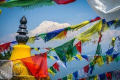 Annapurna en vlaggen stock foto