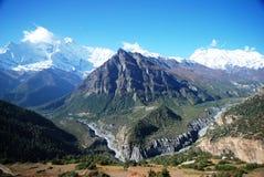 annapurna ghyaru尼泊尔视图 免版税库存图片