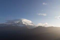 Annapurna I på soluppgång Arkivfoton