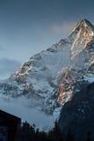 Annapurna södra peack i Nepal Himalaya Royaltyfria Foton