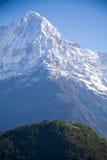Annapurna som är södra från Ghandruk Royaltyfria Bilder