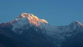 Annapurna szczyt przy wschodem słońca zdjęcia royalty free