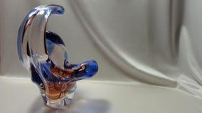 Annata blu di vetro della cristalleria di arte del vaso fotografia stock libera da diritti