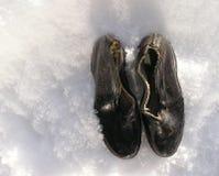 Annata che piove shoes1 Fotografia Stock Libera da Diritti