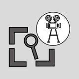 Annata del film della macchina fotografica con la ricerca dello schermo di film Fotografie Stock Libere da Diritti