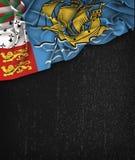 Annata della bandiera di Saint Pierre e Miquelon su una lavagna del nero di lerciume Fotografia Stock Libera da Diritti