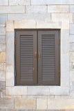 Annata della finestra sul muro di mattoni Fotografia Stock