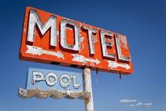 Annata, segno al neon del motel Fotografia Stock Libera da Diritti